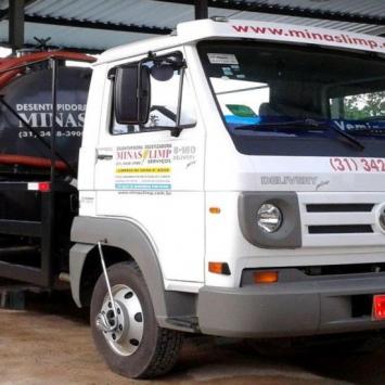 Caminhão de Sucção Minas Limp