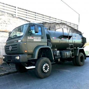 Caminhão de Sucção 4x4 Minas Limp