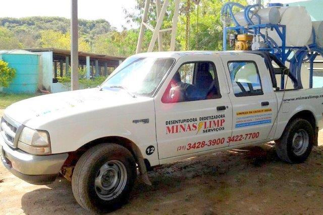 Caminhonete de Sucção Pará de Minas